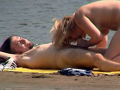 Voyeur must have an amazing time by watching horny couple fucking like crazy at the beach