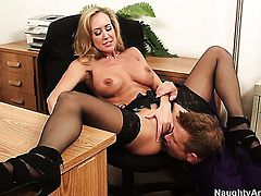 Brandi Love gets the pleasure from pussy slamming with Bill Bailey like never before