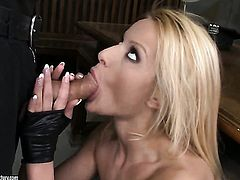 Blonde asks her man to bang her sweet mouth