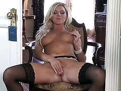 Niki Young with juicy melons and smooth muff parts her legs on cam and feels no shame