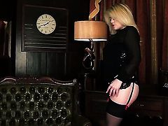Brook Little with massive jugs and smooth beaver makes her sexual fantasies come true in solo scene