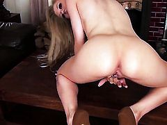 Michelle Moist shows every inch of her body before her plays with herself on cam