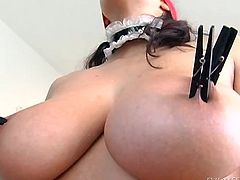 Beautiful blind folded dame with big natural tits gives her guy a superb handjob before getting her juicy pussy hammered hardcore in a close up shoot