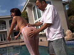 Have a good time watching this brunette pornstar, with a nice butt wearing pantyhose, while she gets banged hard covered in oil and moans like a slut.