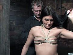 In order to give a proper punishment you need to know how to make a good knot and how to squeeze a pair of tits nice and firmly. For all of those out there looking to perfect their skills, welcome to Kink University. Today we will learn how to breasts tie, big or small, knowledge and practice makes perfect!