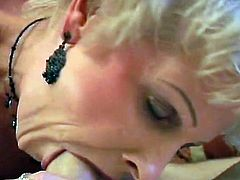 Greased female giving hand job.Great legs and feet porno tubes.