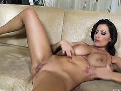 David Perry has a great time fucking Hot blooded wench Sensual Jane