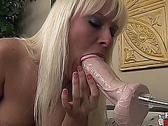 FELICIA FALLON FUCKS BIG DILDO MACHINES IN HER PUSSY AND ASS