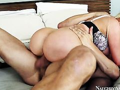 Danny Mountain has unforgettable sex with Exotic Nikki Benz with big ass and hairless muff