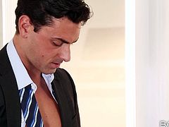Big tittied secretary Brooklyn Chase gives yum-yum blowjob to her boss