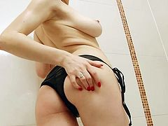 Solo Interviews presents collection of Hot Babes vids