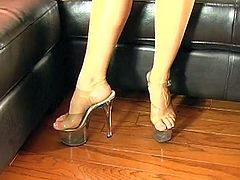 Spicy french sex model acquires her feet got laid