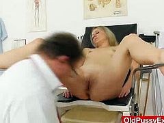 Nasty Medic taking advantage of the situation as he had the hots on his patient this smoking hot Liba. She is spreading her legs and let him do the work like toying dildo with it.
