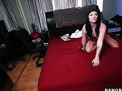 Andy Sandimas gives deep throat job to hot guy