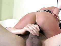 Ian Scott is one hard-dicked dude who loves banging in her anal hole after she gives head