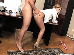 Brooklyn Lee gets face fucked by mans stiff dick