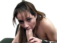 Rosalie Ruiz sucks like a first rate hoe in steamy oral action with horny guy
