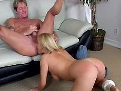 Big breasted blond cougar Alicia Rhodes enjoys steamy anal fuck in reverse pose