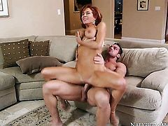 Veronica Avluv is a slut who knows what to do with Johnny Castle s erection