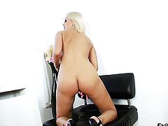 Mandy Dee spends her sexual energy alone with the help of sex toy