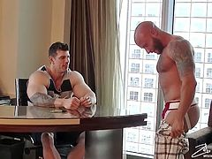 Wank This brings you a hell of a free porn video where you can see how these muscular studs blow each other and pose together while assuming very naughty positions.
