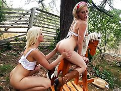 Zoey Monroe loses control in lesbian frenzy with Anikka Albrite