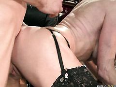 Jordan Ash gets seduced into fucking by Taylor Wane