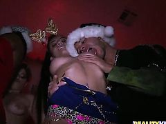 Brunette chicana Ava Cash and Kimberly have lesbian sex of their lifetime