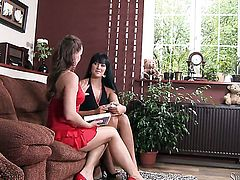 Carmen Croft fulfills her lesbian needs and desires with Silvia Saints tongue in her in her pussy