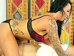 Have you ever fantasized about a hot masseuse, that does more, than an exciting erotic massage? The brunette babe in the video doesn't wait long, until taking her uniform off and exposing her tattooed sexy body. Click to see her face sitting and sucking cock in the pleasant 69 position!