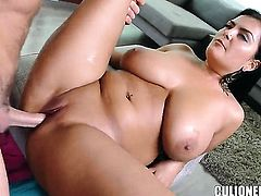 Jasmine Black with bubbly bottom lets man bang her hands hard with his nice cock