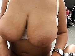 Cristal Swift with phat butt strokes cum loaded worm like a pro before man gets enough