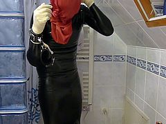 Enema in latex
