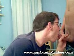 This nerd knows about it in theory, but learns in this video that sucking cock is totally hot when done for real in this free tube.