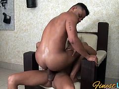Watch these horny Latino hunks Robert and Thiago in this hot bareback sex scene.Robert couldn't resist Thiago's thick Latin cock so he stuffed in in his mouth while Thiago got so excited and horny and fucked Robert's ass bareback!