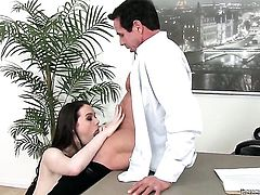 Tessa Lane puts her luscious lips on Peter Norths hard man meat