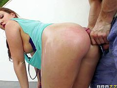 Maddy Oreilly is a bombshell with huge ass, Her perfect massive round butt turns guy on to the point of no return! She finger fuck her asshole and gives her snatch a lick before she swallows his dick.