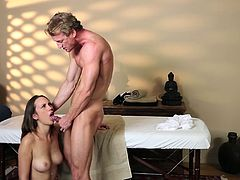A male masseuse rubs her down then fucks her wet mouth