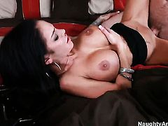 Angelina Valentine opens her fuck box to be drilled by Jordan Ash
