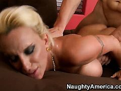 Sinfully sexy hussy Holly Halston gets her honeypot stretched by Chris Johnsons throbbing tool