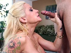 Throated tattoed mature milf stripper gags after her dance