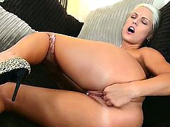 Blanche Bradburry fingers her trimmed pussy in solo action