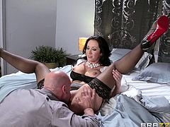 Jayden would do anything, just to get laid with the man of her dreams. Nothing stands in her way, except a suspicious wife, whom she plans to get rid of. The brunette babe with big fabulous tits succeeds and finally gets laid with the guy. See her pussy eaten, before she gets banged with legs widely spread.