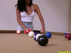 Cutie Latina Jade Jantzen never fails to amaze us with that huge butt as she teasingly flaunt it at the billiard table as she want to get fucked on both her holes.