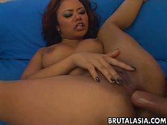 Chick with smeared makeup Annie Cruz gets her ass hole destroyed