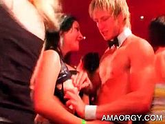 Lucky party bitches kissing and sucking strippers at big orgy