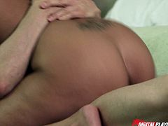 In Hit The Road sc-2 we see Selena Rose, a Digital Playground brunette babe getting a hardcore fuck in bed. There is some oral foreplay before they get it on.