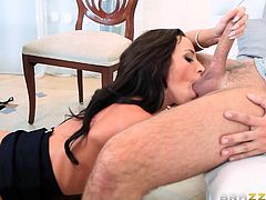 Watch this sexy brunette lady getting her legs spread wide, to get Keiran's big dick deep inside her twat. But Jada loves it when someone gives her oral as well, as let her give the same. So she gets her pussy licked, let him fuck her mouth & throat, with getting fucked hard in many postures.
