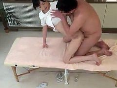 Sexual Massage Procedure nearly the Nice Japanese Masseur