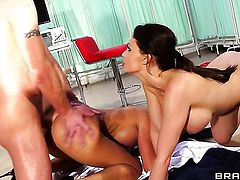 Jay Snake attacks fascinating Franceska JaimesS asshole with his love torpedo